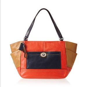Coach Park Leather Color Block Carrie️ tote bag